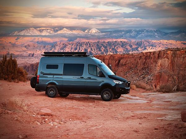 Features of the Best Off-Road Campers