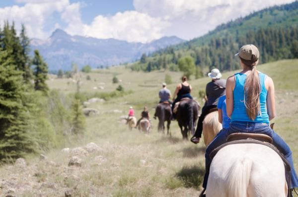 Five of the Best Horse Trail Rides in Colorado