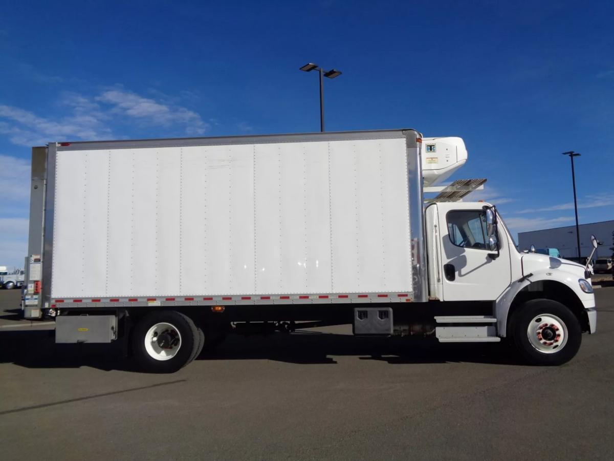 2018 Freightliner M2 106 - Image 4 of 20