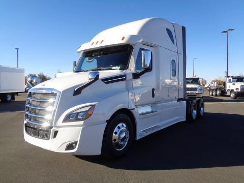 2022 Freightliner | Image 1 of 19