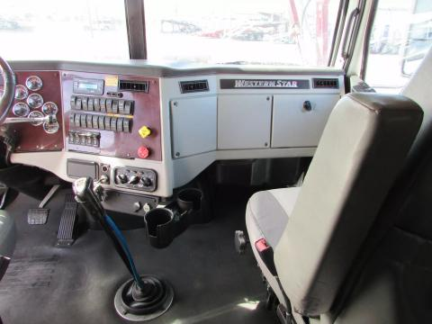 2014 Western Star 4900FA - Image 30 of                                                30