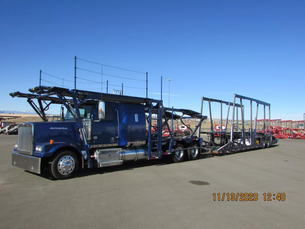 2016 Western Star 4900FA - Image 1 of 31
