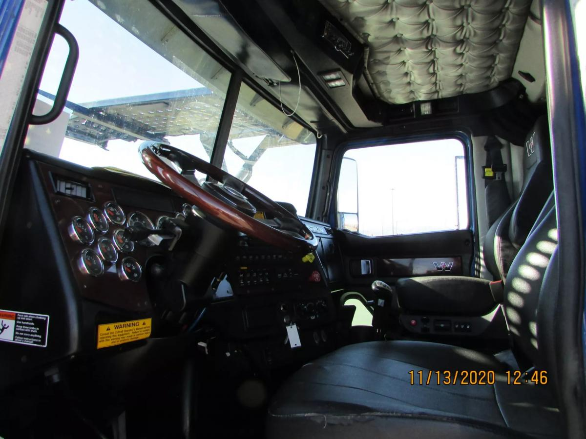 2016 Western Star 4900FA - Image 26 of 31
