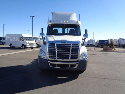 2019 Freightliner Cascadia 125 - Image 2 of                                                13