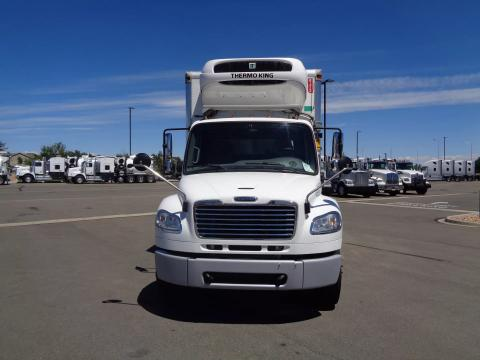 2018 Freightliner | Image 2 of 19