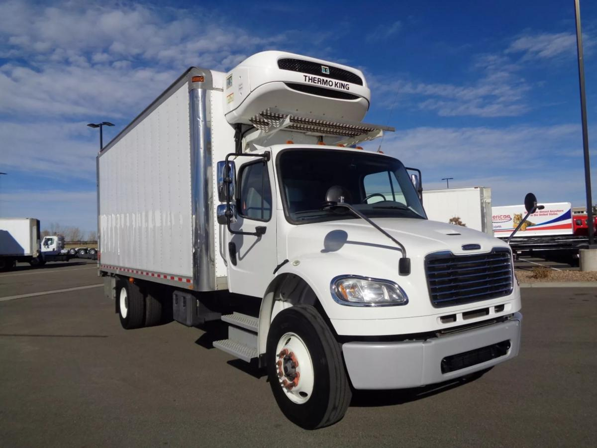 2018 Freightliner M2 106 - Image 3 of 20