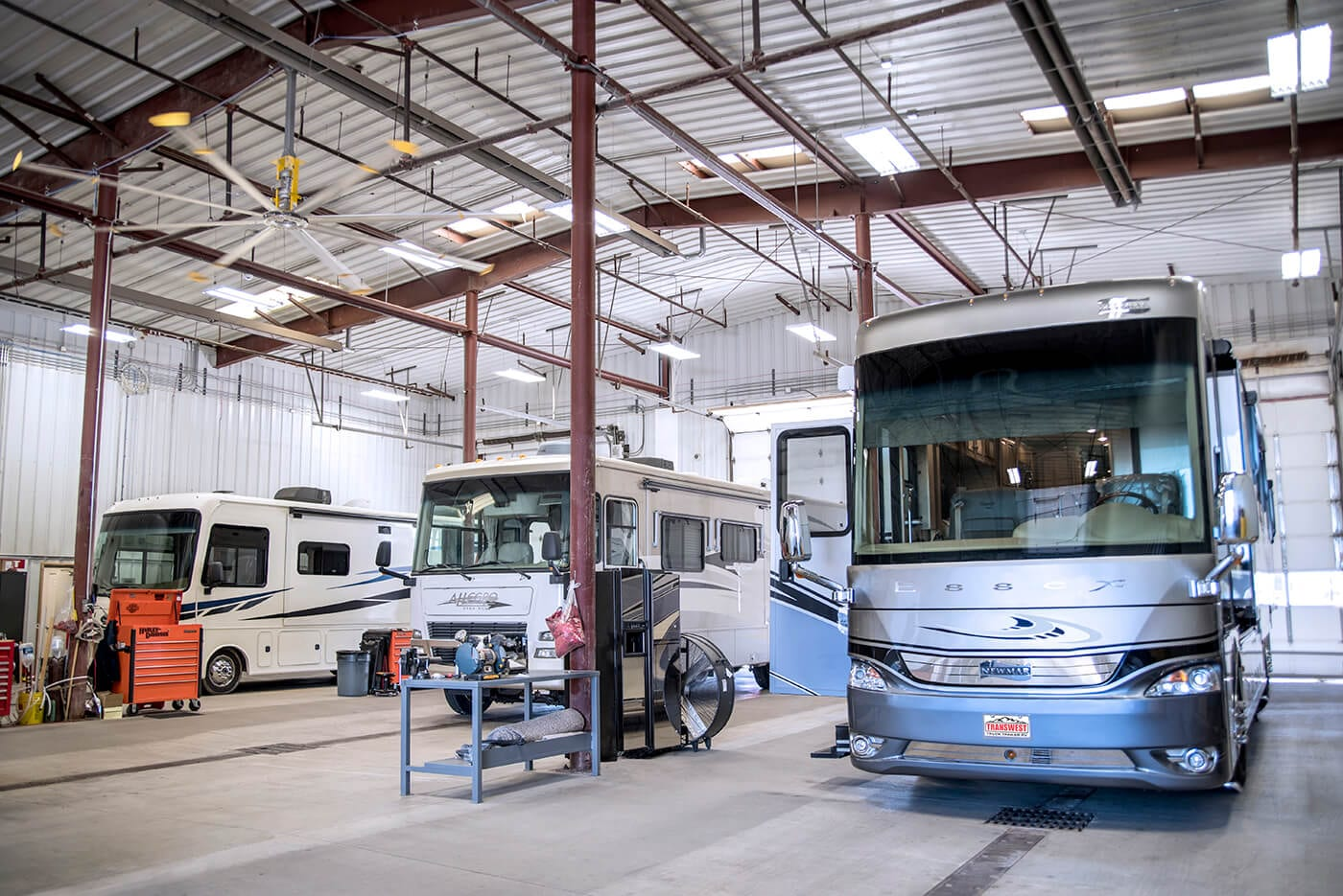 rv-service-department-bays-transwest