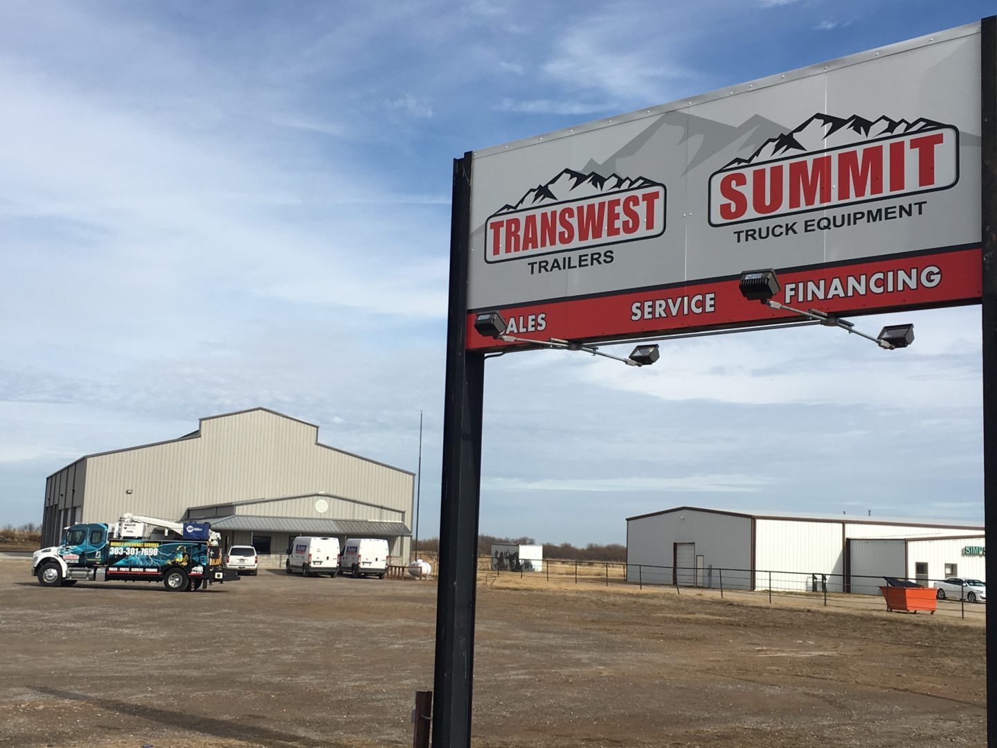 summit-truck-equipment-signage-front