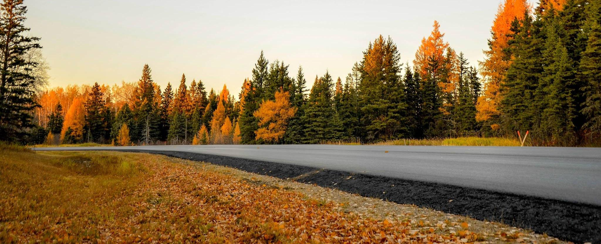 take-your-rv-out-this-fall-autumn-road